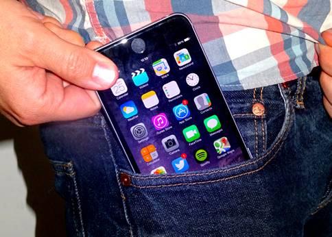 Мобильные телефоны и мужское бесплодие. Специальные трусы «RadiaShield» позволят защитить сперматогенез!