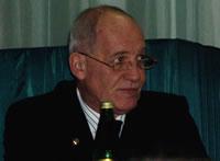 На вопросы отвечает профессор, Олег Борисович Лоран