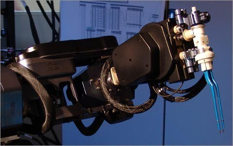 Отечественный робот-хирург, цена вопроса-198 миллионов рублей